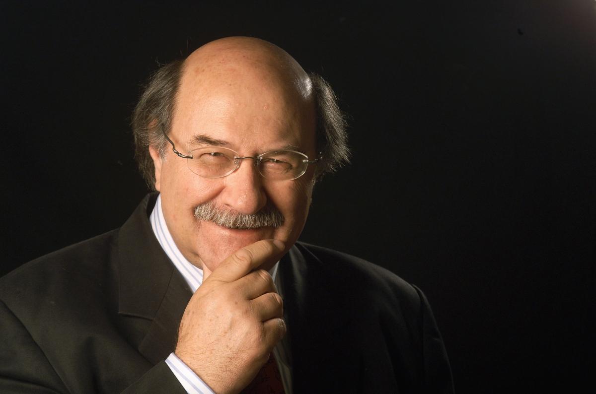 """La magia della metafora. """"Il postino di Neruda"""" di Antonio Skármeta"""