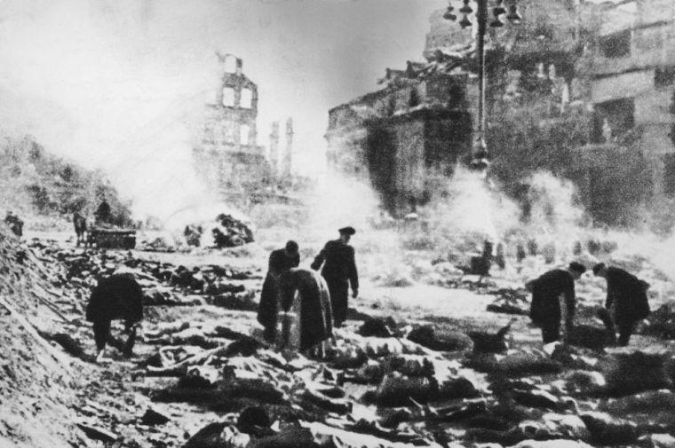dresda-bombardamento-150213194316_big
